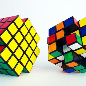 x-cube-twisting-logic-puzzle-3